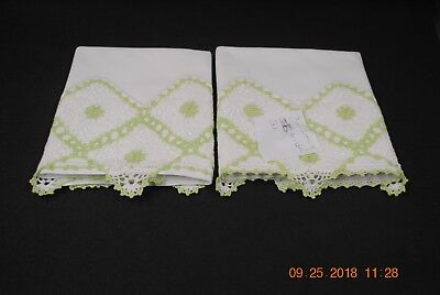 Vintage Pair Of Pillowcases White & Very Fancy Green & White Crocheted Trim