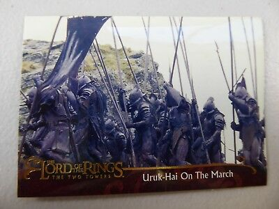 TOPPS Lord of the Rings: The Two Towers - Card #19 URUK HAI ON THE MARCH