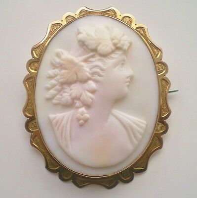 Charming Antique Victorian 9ct Gold Cameo Brooch Depicting a Bacchante c1900