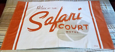 Disney Pixar The Incredibles 2 Safari Court Motel Towel RARE