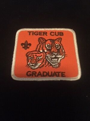 BOY / CUB SCOUT PATCH - TIGER CUB GRADUATE - OFFICIAL BSA vintage