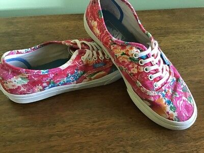 9b840584542874 VANS FLORAL TAPESTRY Low Top Skate Shoes Women s Size 7.5 -  22.99 ...