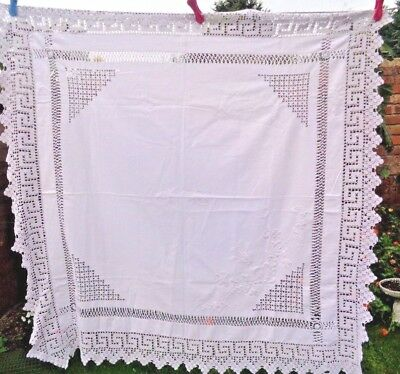 """Vintage Linen Lace   Table Cloth Approx 42"""" X  42"""" Good Condition Wedding Party"""