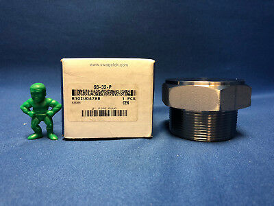 Swagelok SS-32-P Stainless Steel Pipe Fitting Pipe Plug 2 in Male NPT