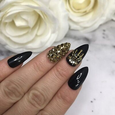 Hand Painted Full Cover False Accent Nails. Black/Gold Halloween Accent Nails