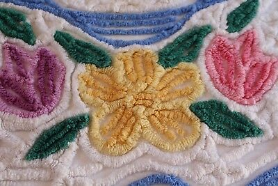 Vintage Outstanding Cotton Chenille Bedspread 88x102 Fluffy Posies & Bows