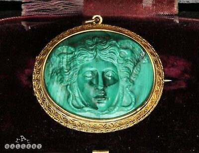 18th / 19th C. Gold & Carved Malachite Hellenistic / Roman Medusa Cameo Brooch