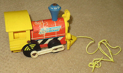 Vintage 1964 Fisher Price Toot-Toot Engine Train #643 Pull Toy + String