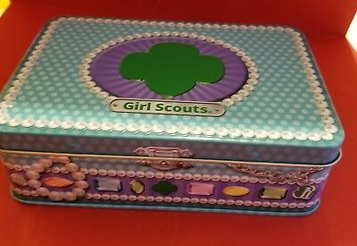 """Girl Scout Tin """"Dare To Dazzle"""" Trophy Nut Company 2016"""