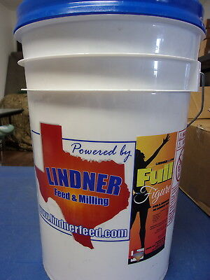 Lindner Feed & Milling 1108 Full Figure For A Source Of Added Fat - 20Lb. Bucket