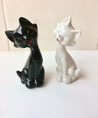 Vintage Black And White Cat Salt And Pepper Shakers - 1950's Japan
