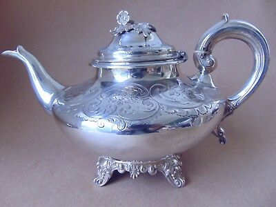 Excellent Large Victorian Sterling Silver Flowers Teapot 1844, 714 Grams.