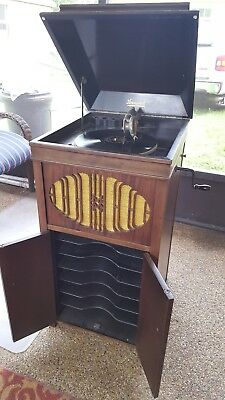 Brunswick Victrola (record player) with records