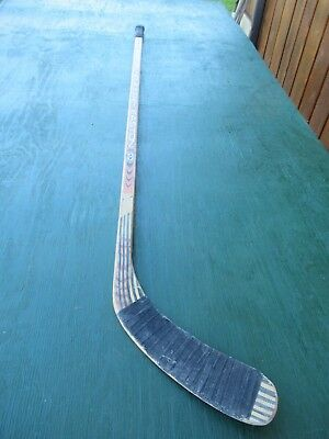 "Vintage Wooden 55"" Long Hockey Stick EASTON CLASSIC"