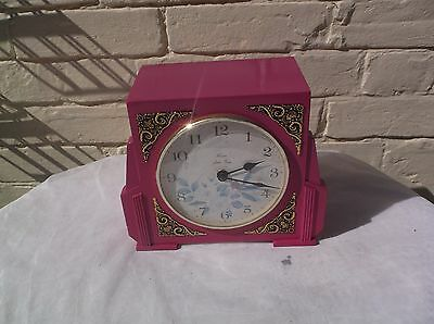 Nice Mantle Clock  Battery Operated No Gong Or Chime