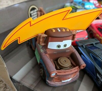 NEW LOOSE Disney/Pixar Cars 3 Mater with Lightning Bolt Hat Piston Cup 1:55