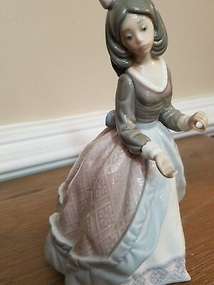 HAND MADE SPAIN LLADRO JOLIE#5210 GIRL EXCELLENT CONDITION but NO Umbrella
