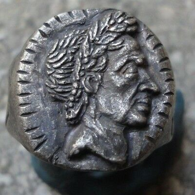 Ancient Roman Senatorial Legionary Silver ring emperor JULIUS CAESAR amazing