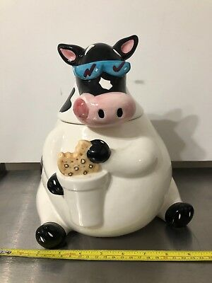 Cool Cow with Sunglasses Cookie Jar, Very Good Condition, Collectible