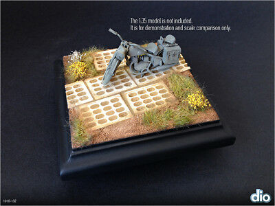 Built & Painted Diorama Base (10cm), 1:35 Perforated concrete slabs section