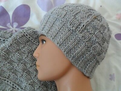 Knitting pattern - Quick & easy Mens size aran weight beanie hat & scarf .