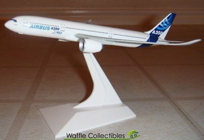 1:400 Dragon Wings Airbus Industries A350-800 NA 19045 55941 Airplane Model