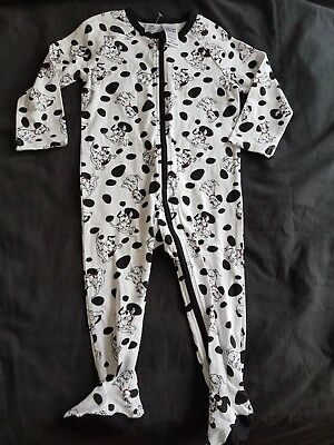 Boys new 101 DALMATIONS sleepsuit size 1