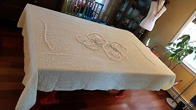 VINTAGE CUTTER CHENILLE BED SPREAD yellow