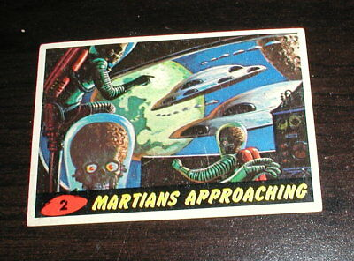 1962 Topps Mars Attacks #2 Martians Approaching