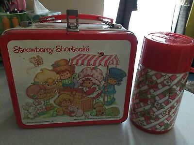 Vintage 1981 Aladdin Strawberry Shortcake Metal Lunchbox And Thermos