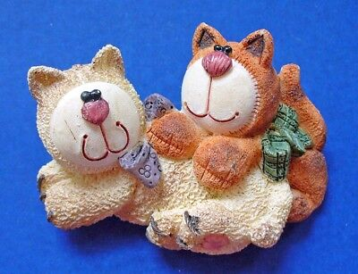 BUY1&GET1@50%~Artisan Flair PIN CATS Tan /TABBY Playing Vtg Resin Jewelry BROOCH