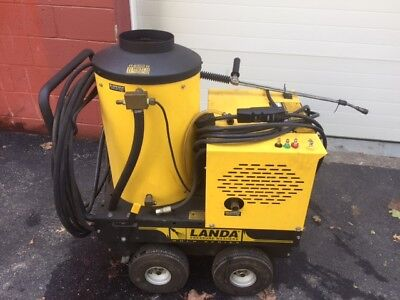 Used Landa VHP 110 Volts / Diesel @ 1500 PSI Hot Water Pressure Washer