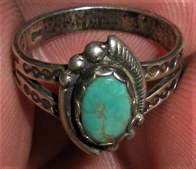 VINTAGE c. 1930-50s NAVAJO STERLING SILVER TURQUOISE RING NICE STAMPS vafo