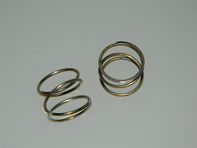 2 x Helical Compression Springs, Steel, Length 14mm, Diameter 18mm [G5]