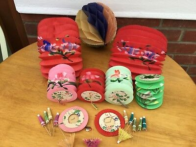 VINTAGE CHRISTMAS DECORATIONS 9 PAPER CHINESE LANTERNS + HONEYCOMB BALL + Other