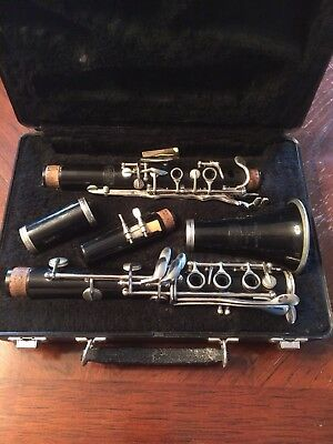 Bundy Clarinet & Case  Selmer Resonite Made In Usa