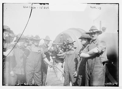 Photo:Fort Hamilton,gun crew of 12' gun in battery,June 1908