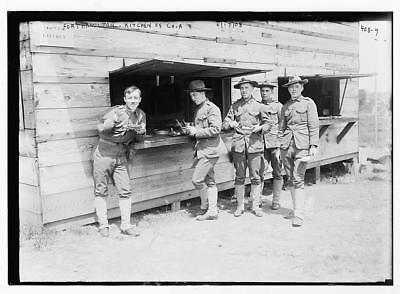 Photo:Fort Hamilton,soldiers of Co. A at kitchen,June 17,1908
