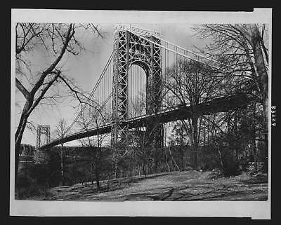 Photo:George Washington Bridge,New York City,NYC,c1940,trees