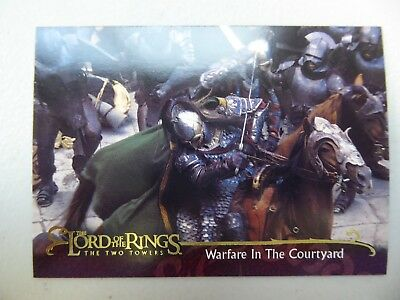 TOPPS Lord of the Rings: The Two Towers - Card #76 WARFARE IN THE COURTYARD