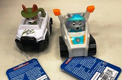 Paw Patrol Racers JUNGLE RESCUE TRACKER & EVEREST New with Tags IN HAND