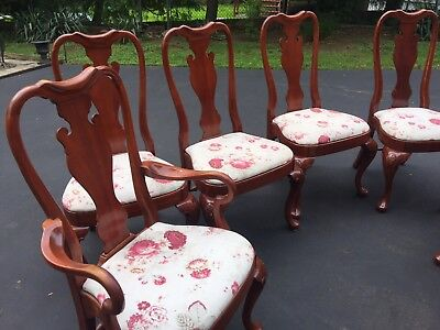 Gorgeous Queen Anne style formal dining room set - table and chairs -table Pads