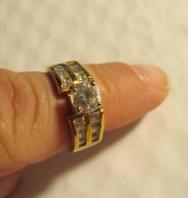 New 18 kge clear gems rhinestone gold cocktail princess ring sz. 7 nice!