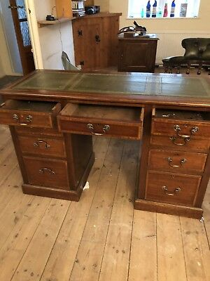 Chesterfield Antique Style Desk
