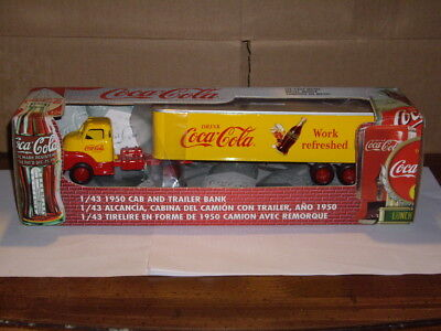 Coca Cola truck bank made by ERTL 1999 1/43 scale