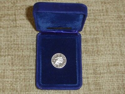 Isle Of Man One Pound Proof Silver Coin 1978 Pobjoy Mint Ltd.