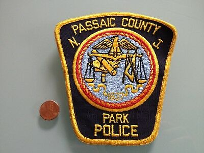 Vintage PASSAIC COUNTY New Jersey PARK POLICE PATCH unused RARE sew on
