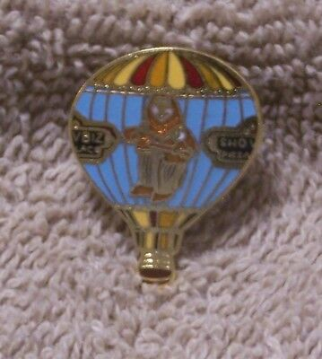 Showbiz Pizza Balloon Pin