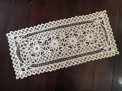 Pretty Vintage White Battenberg Lace Table Runner Cloth Doily Embroidered 87cm