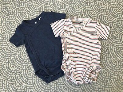 2 H&M Short Sleeve Bodysuits 2-4 Months Perfect Condition